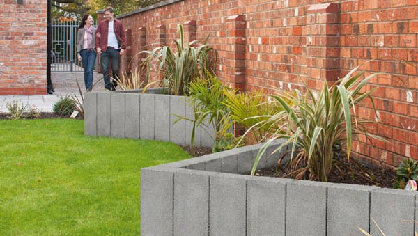 argent-palisades-retaining-wall-or-edging_1_hr